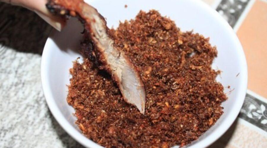Muối kiến vàng – Đặc sản lạ từ vùng đất Tây Nguyên