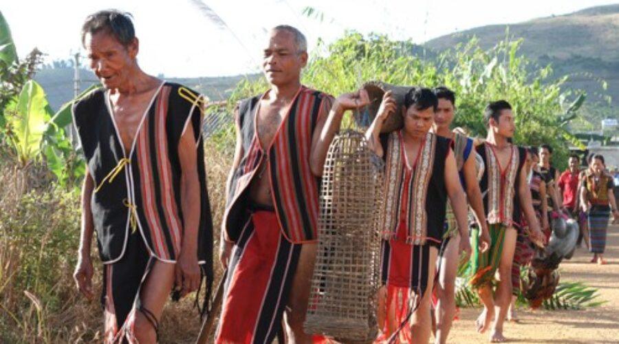 Những miền đất huyền sử – Kỳ 3: Nằm mơ… tìm đất cho làng