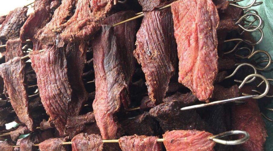 Thịt hun khói Huệ Tâm – Nâng tầm đặc sản Măng Đen