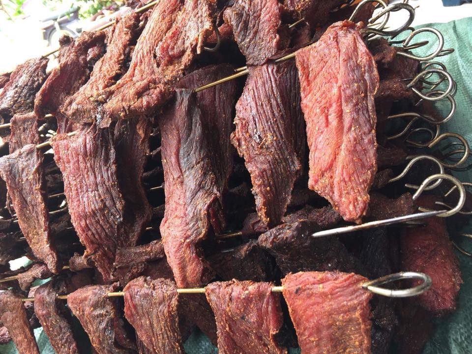 thịt hun khói Huệ Tâm - Đặc sản Măng Đen