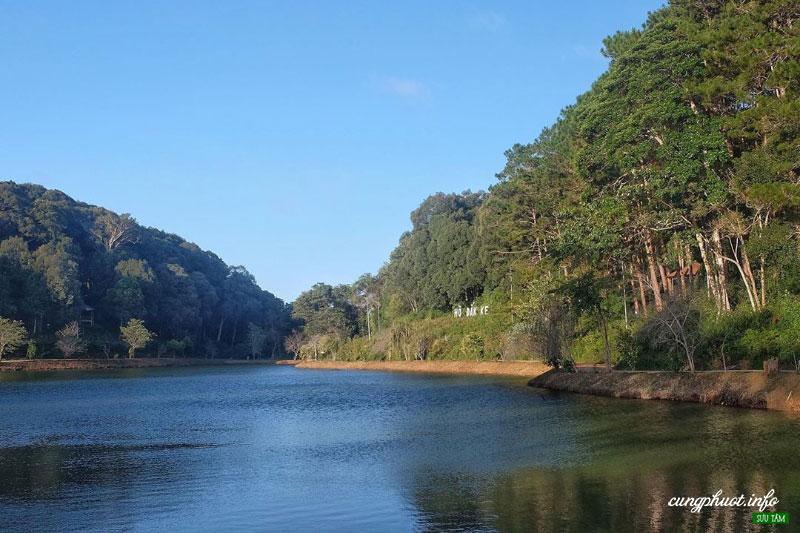 Hồ Đắk Ke