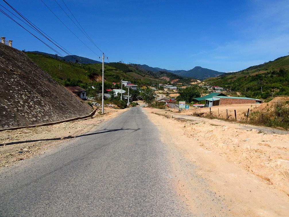 Huyện Tu Mơ Rông