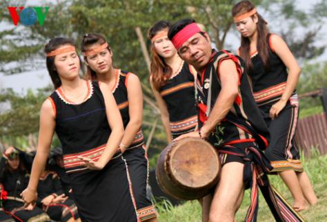 Hơmon – Sử thi Kon Tum đã thành Di sản văn hóa quốc gia