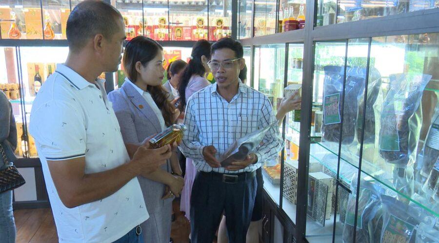 Resort Đăk Ke – Măng Đen mở Cửa hàng bán, giới thiệu các sản phẩm OCOP