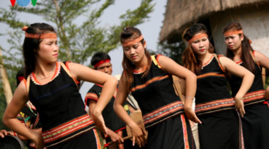 Văn hóa Bahnar – Ba Na: Dân ca Bahnar – Ba Na