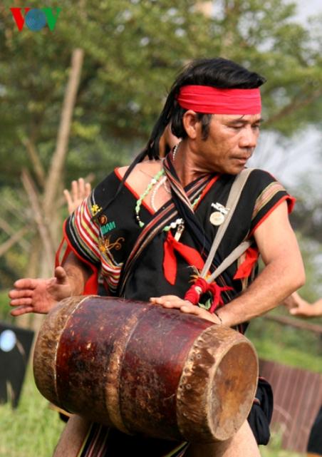 Văn hóa Bahnar - Ba Na: Dân ca Bahnar - Ba Na