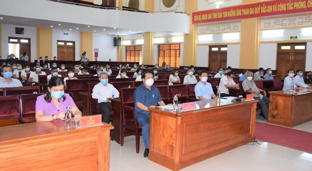 30 bác sỹ, điều dưỡng Kon Tum lên đường hỗ trợ Bình Dương